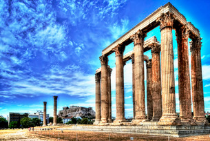 ギリシャ ゼウス神殿 アテネ アクロポリスの写真素材 [FYI02982678]