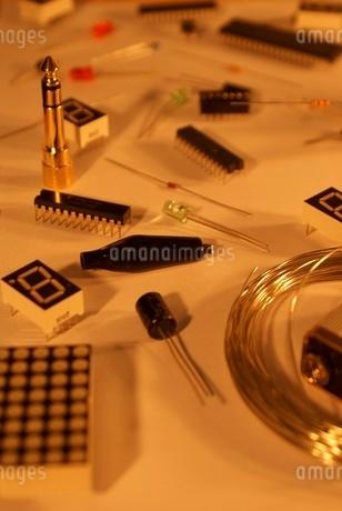 電子工作イメージの写真素材 [FYI02982718]