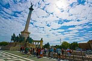 ハンガリーの建国記念碑の写真素材 [FYI02982744]