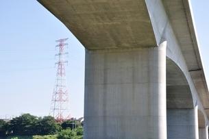 建設中の高速道路のインターチェンジの写真素材 [FYI02983177]