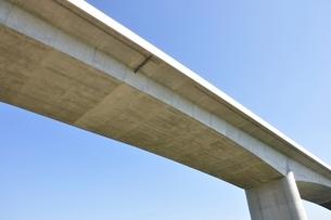 建設中の高速道路のインターチェンジの写真素材 [FYI02983178]