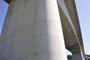 建設中の高速道路のインターチェンジの写真素材 [FYI02983181]
