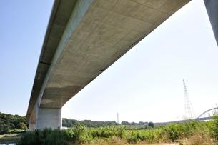建設中の高速道路のインターチェンジの写真素材 [FYI02983185]