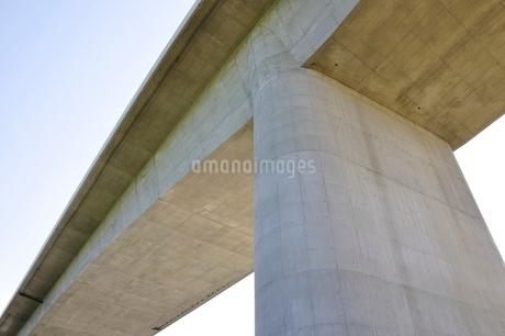 建設中の高速道路のインターチェンジの写真素材 [FYI02983186]