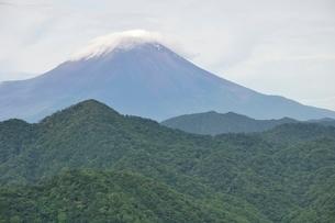 大室山からの富士山の写真素材 [FYI02983253]