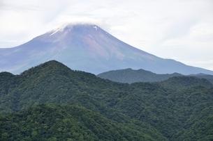 大室山からの富士山の写真素材 [FYI02983261]