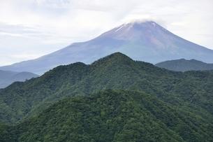 大室山からの富士山の写真素材 [FYI02983264]