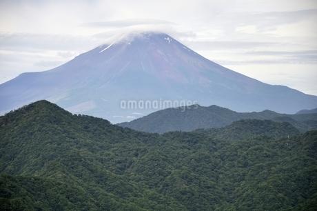 大室山からの富士山の写真素材 [FYI02983268]