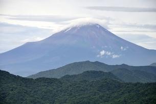 大室山からの富士山の写真素材 [FYI02983269]
