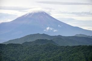 大室山からの富士山の写真素材 [FYI02983270]