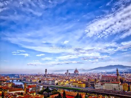 フィレンツェ 街並み一望風景の写真素材 [FYI02983317]