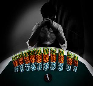 テキサスホールデム・ポーカー対戦者イメージの写真素材 [FYI02983556]