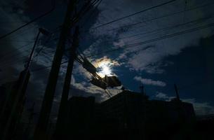月光に照らされる街の写真素材 [FYI02983559]
