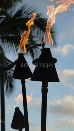 Torch rightの写真素材 [FYI02983706]
