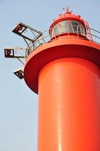 赤い灯台の写真素材 [FYI02984087]