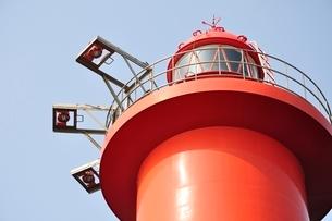 赤い灯台の写真素材 [FYI02984100]