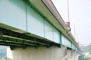 相模川に架かる橋 座架依橋の写真素材 [FYI02984466]
