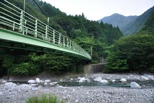西丹沢公園橋の写真素材 [FYI02984470]