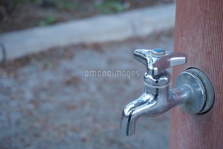 水道の蛇口の写真素材 [FYI02985068]