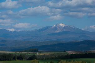 初冠雪の山頂 大雪山の写真素材 [FYI02985297]