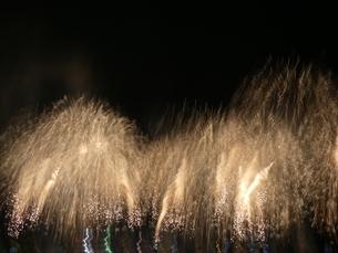 みなと神戸海上花火大会18の写真素材 [FYI02985444]