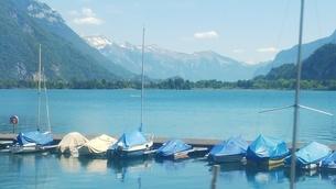 スイス ユングフラウ地方 トゥーン湖 2の写真素材 [FYI02985564]