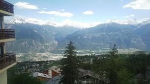 スイス バレー州 クランモンタナ 2の写真素材 [FYI02985567]