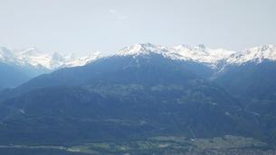 スイス バレー州 クランモンタナ 16 マッターホルンほか山脈の写真素材 [FYI02985760]