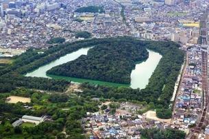 仁徳天皇陵古墳 空撮の写真素材 [FYI02986497]