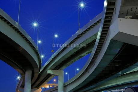 有明ジャンクションの夜景の写真素材 [FYI02987154]