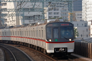 東京都交通局 5300形電車の写真素材 [FYI02987628]