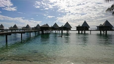 overwater bungalows の写真素材 [FYI02987916]