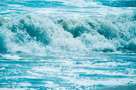 波の写真素材 [FYI02988137]