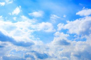 お空と雲1の写真素材 [FYI02988222]