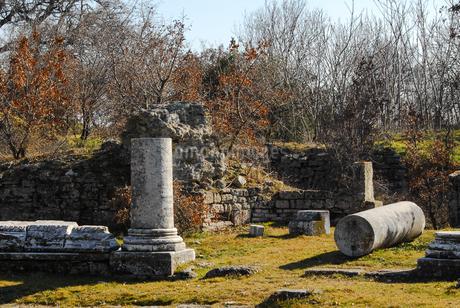 シュリーマンによって発見されたトロイ遺跡(トロイの考古遺跡として世界遺産に選定されるイリオス遺跡)の写真素材 [FYI02988391]