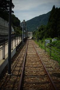 山陰本線の車窓風景(餘部駅)の写真素材 [FYI02988987]