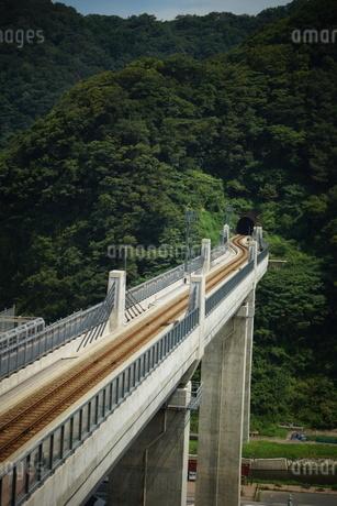 餘部鉄橋の風景(餘部トンネル)の写真素材 [FYI02989017]