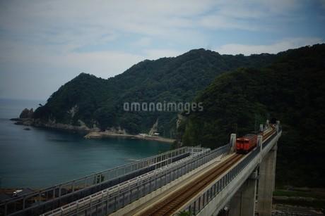 餘部鉄橋の風景の写真素材 [FYI02989042]