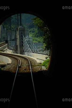 餘部鉄橋の風景(餘部トンネルの中から)の写真素材 [FYI02989059]