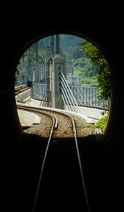 餘部鉄橋の風景(餘部トンネルの中から)の写真素材 [FYI02989060]