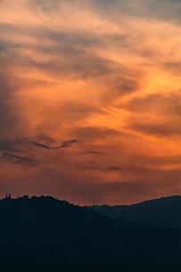 夕焼けの空の写真素材 [FYI02989144]