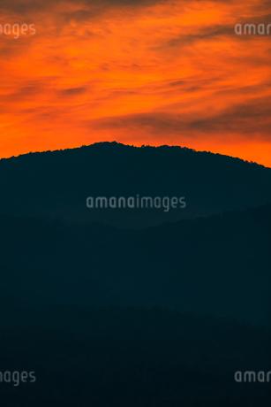 夕焼けの写真素材 [FYI02989245]