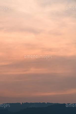夕焼けの写真素材 [FYI02989295]