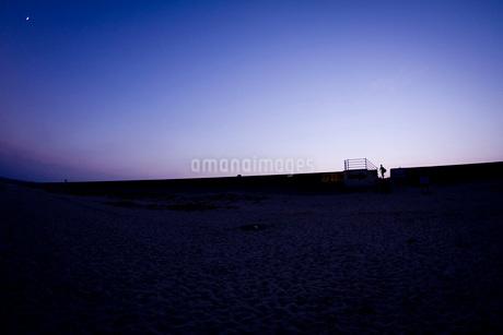 薄暮の写真素材 [FYI02989774]
