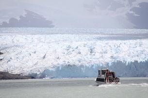 ペリト・モレノ氷河の写真素材 [FYI02989869]