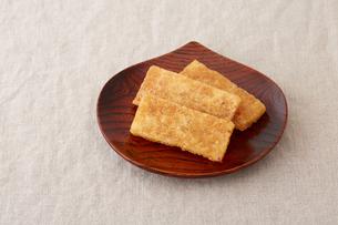 凍み餅の写真素材 [FYI02990298]