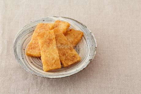 凍み餅の写真素材 [FYI02990321]