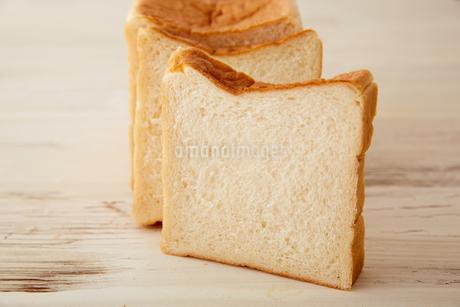 きめ細かい食パンの断面の写真素材 [FYI02990451]