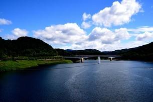 阿木川湖の写真素材 [FYI02990738]