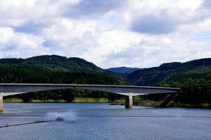阿木川湖の写真素材 [FYI02990740]
